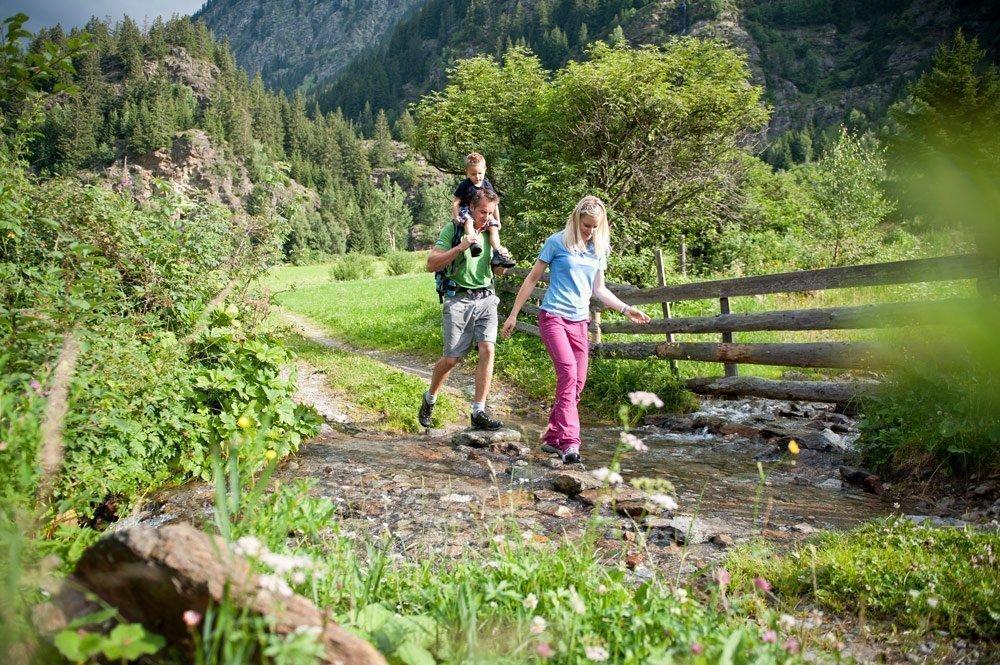Erlebnisreiche Sommerwanderung zur Wurzeralm