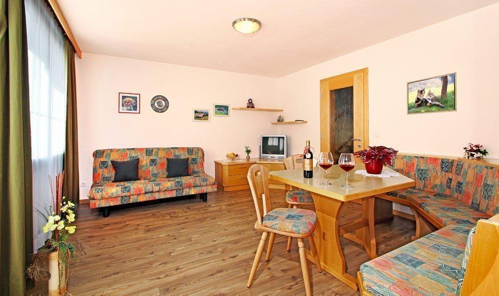ferienwohnung 2 wurzerhof. Black Bedroom Furniture Sets. Home Design Ideas